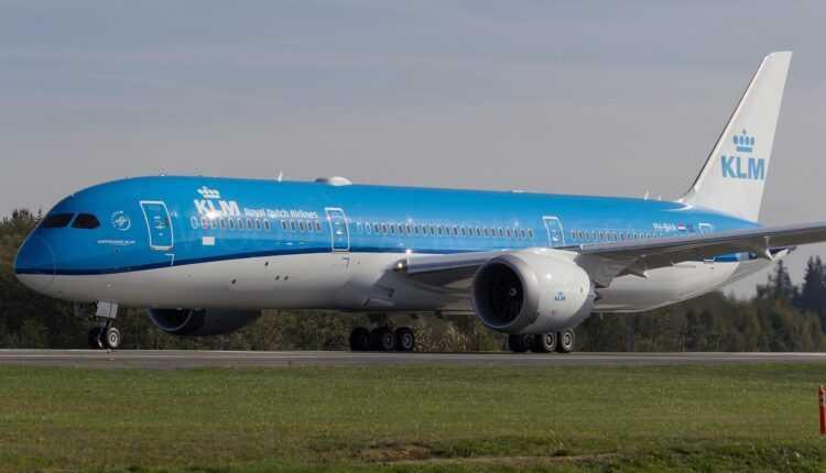 (Video) Boeing 787-9 Dreamliner (PH-BHA) KLM la primul zbor
