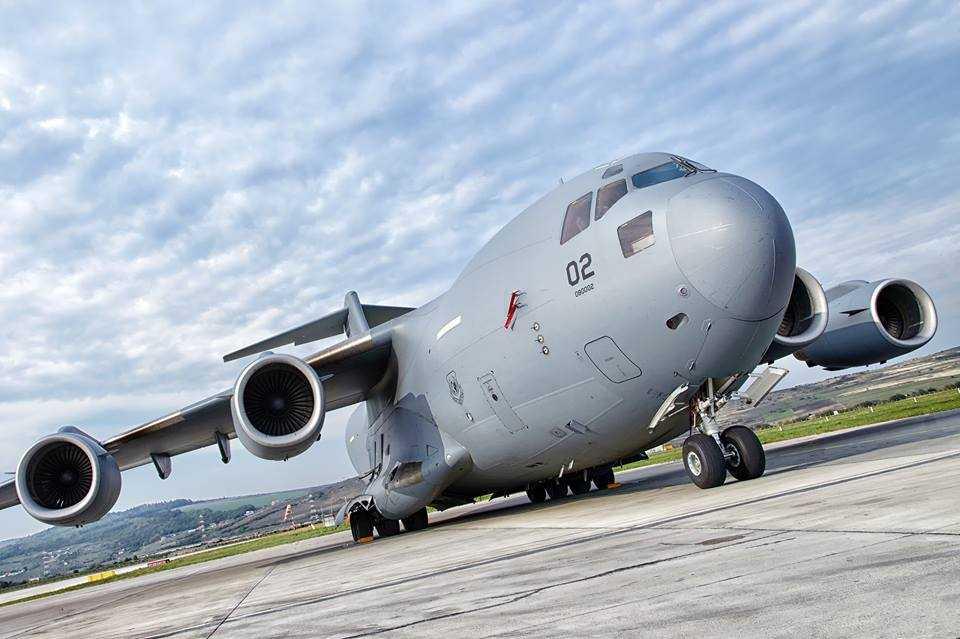 Boeing Globemaster C-17-3-Cluj