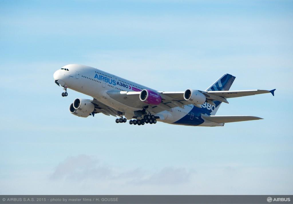 A350-1000_FTB_FIRST_FLIGHT-LANDING-001
