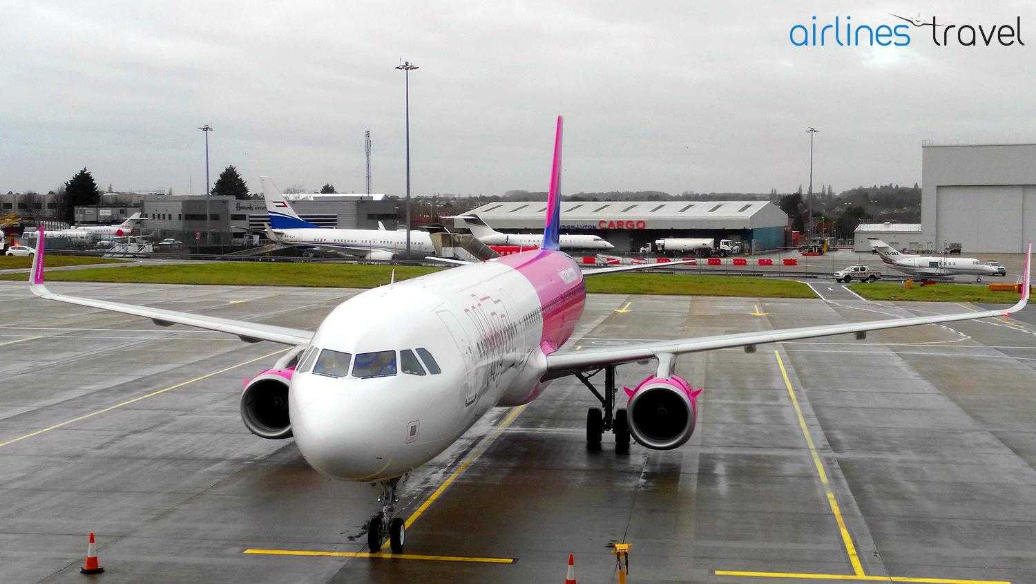 Airbus A321-Wizz-Air-London-Birmingham-5