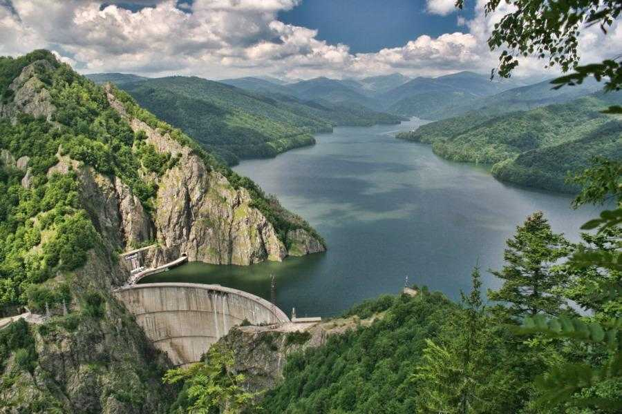 Barajul-Vidraru-Curtea-Arges