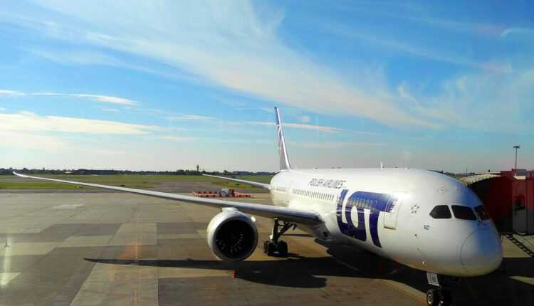 [Oferta LOT Polish Airlines] New York de la 429 EURO, Toronto de la 329 EURO, Chicago de la 369 EURO