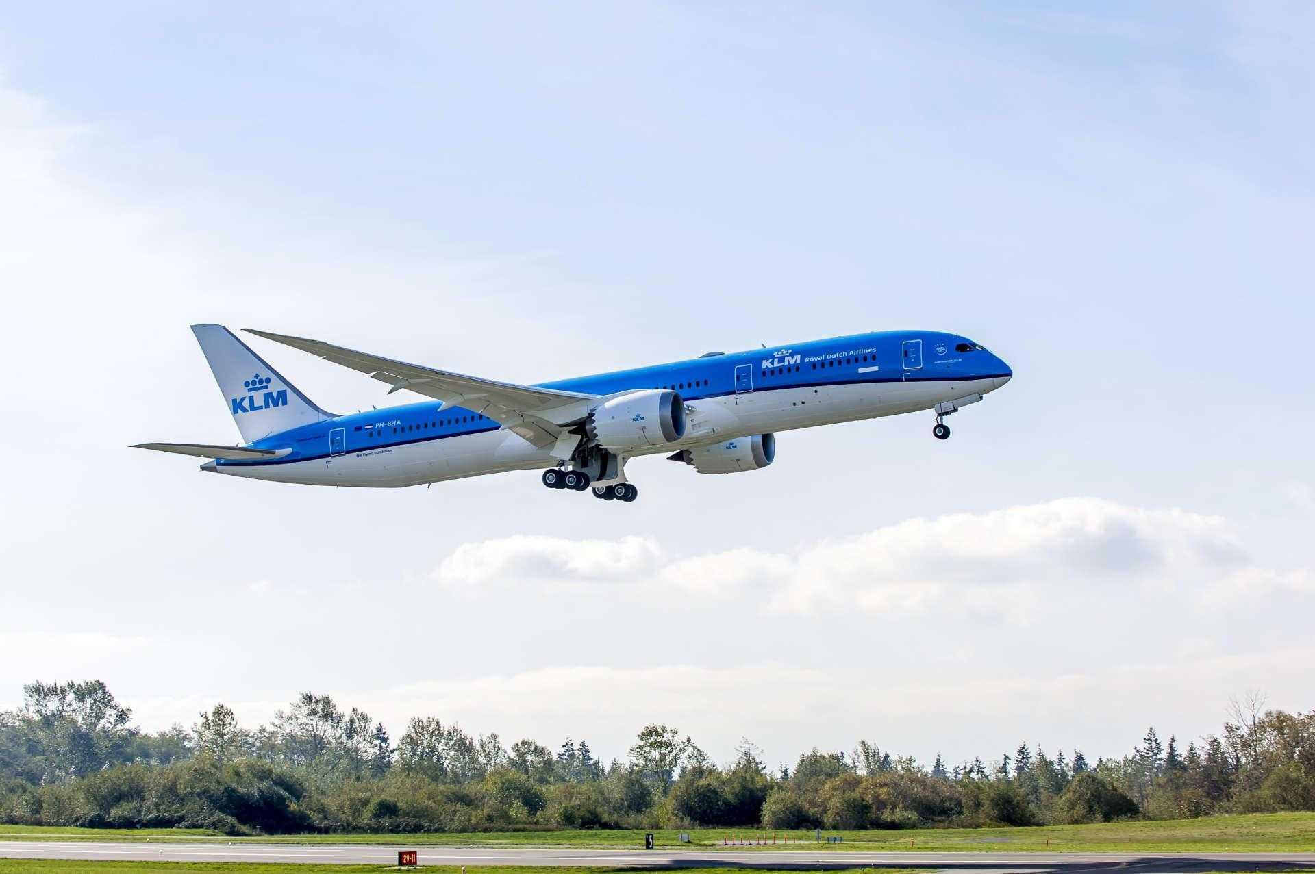787-9 KLM