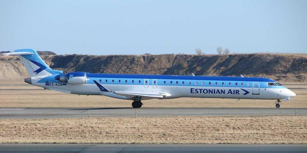 Bombardier-CRJ900-Estonian-Air