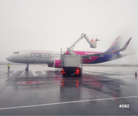 Aeroportul Internaţional Sibiu operază în condiţii de iarnă