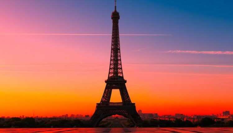 ATENŢIE: Informaţii actuale pentru o călătorie la Paris