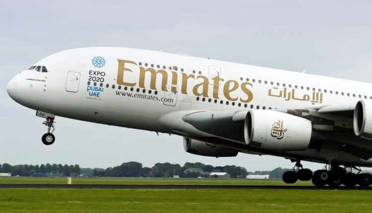 (Video) Airbus A380 Emirates a aterizat la Copenhaga