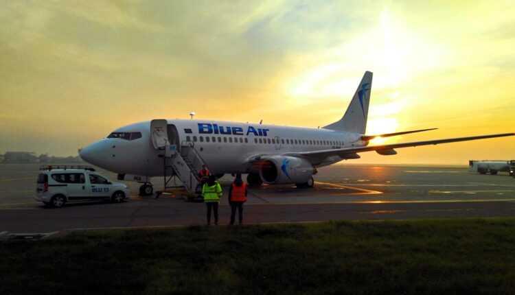 Blue Air anunţă: zborurile spre Bruxelles vor ateriza la Maastricht Aachen
