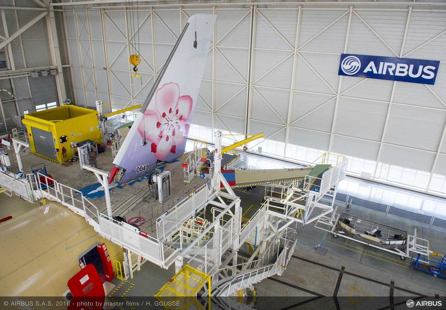 A350_XWB_China_Airlines_01