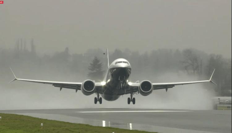 (Video) Primul zbor operat cu succes de Boeing 737 MAX