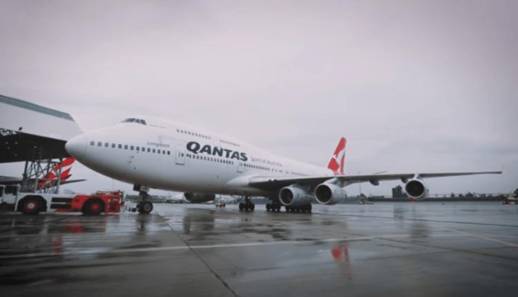 (Video) O aeronavă Boeing 747-400 Qantas a zburat cu 5 motoare