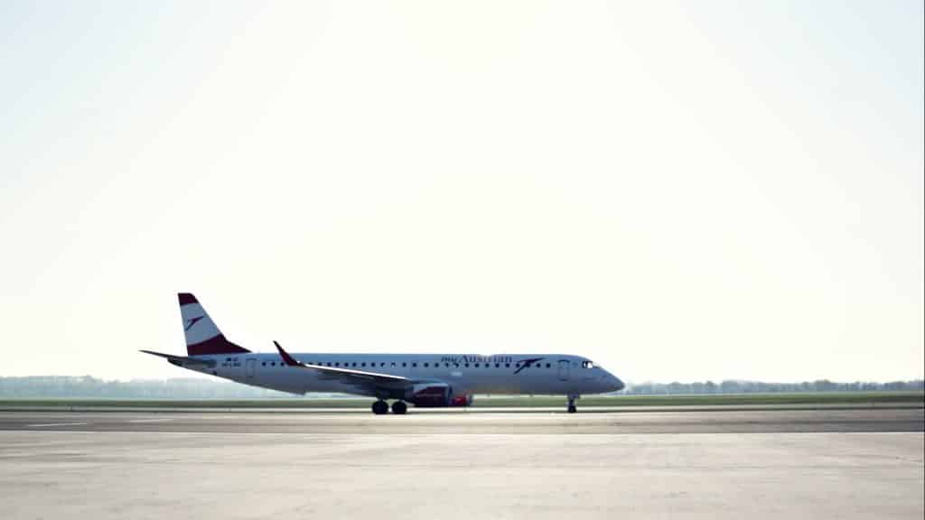 Embraer-195-OE-LWD-Austrian-Airlines-1