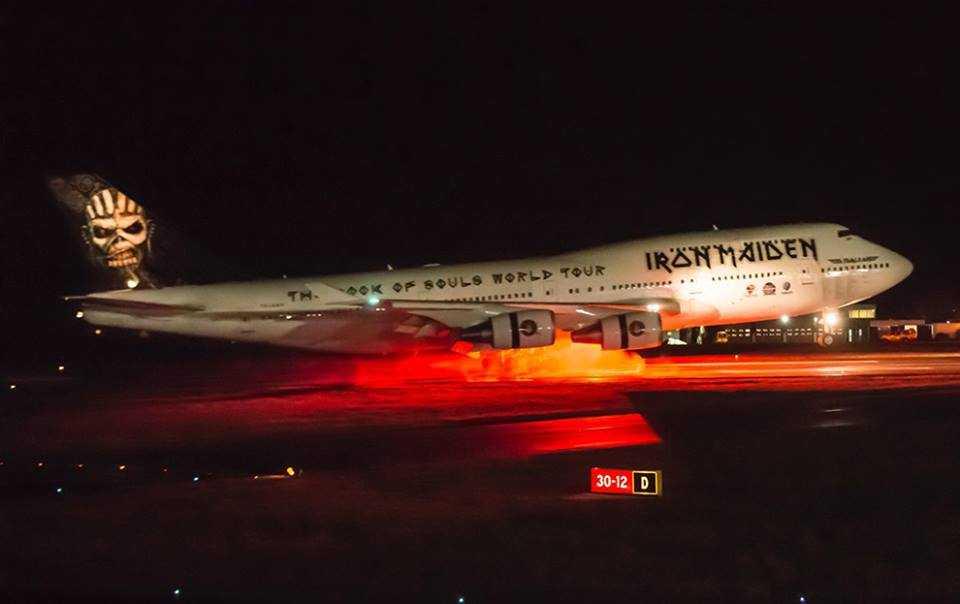 Boeing-747-400-Iron-Maiden-1