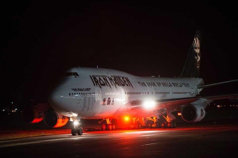 Boeing-747-400-Iron-Maiden-2