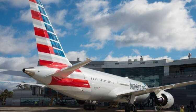 Boeing South Carolina a livrat a 100-a aeronavă / Boeing 787-8 American Airlines