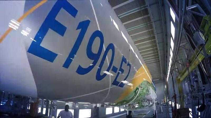 E2RollOut-E190-E2-Embraer