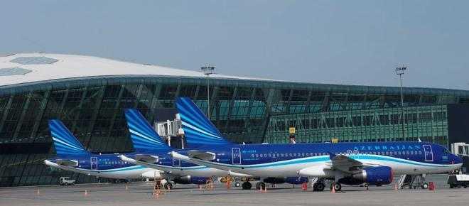 Flota-Azerbaijan-Airlines