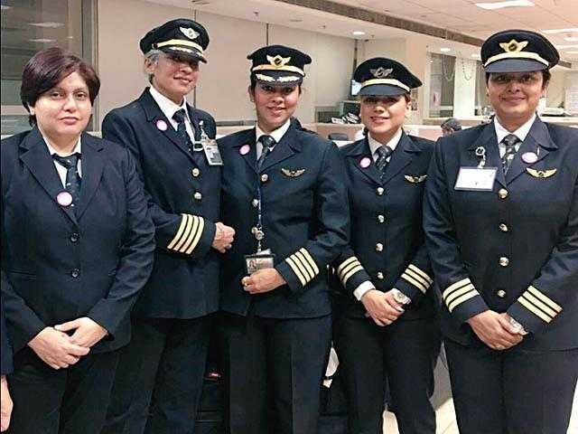 Air-India-femei-piloti