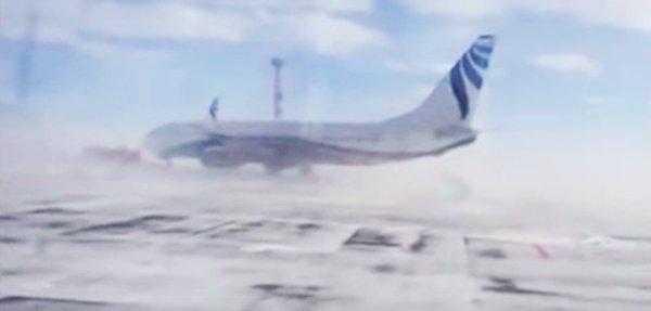 Boeing-737-vant-puternic-Siberia