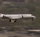 Embraer-United-Express-crosswind-landing-1