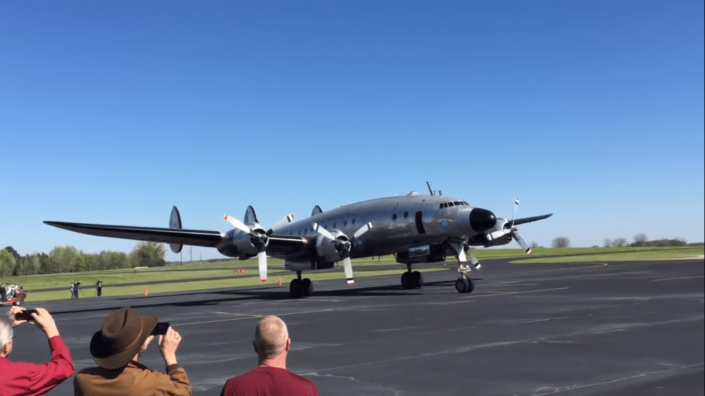 First-Air-Force-One-mouches à nouveau