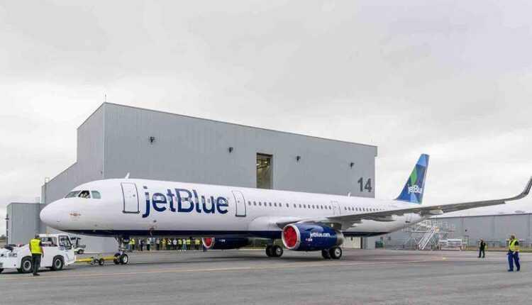 Primul Airbus A321 made in USA a ieşit de la vopsit