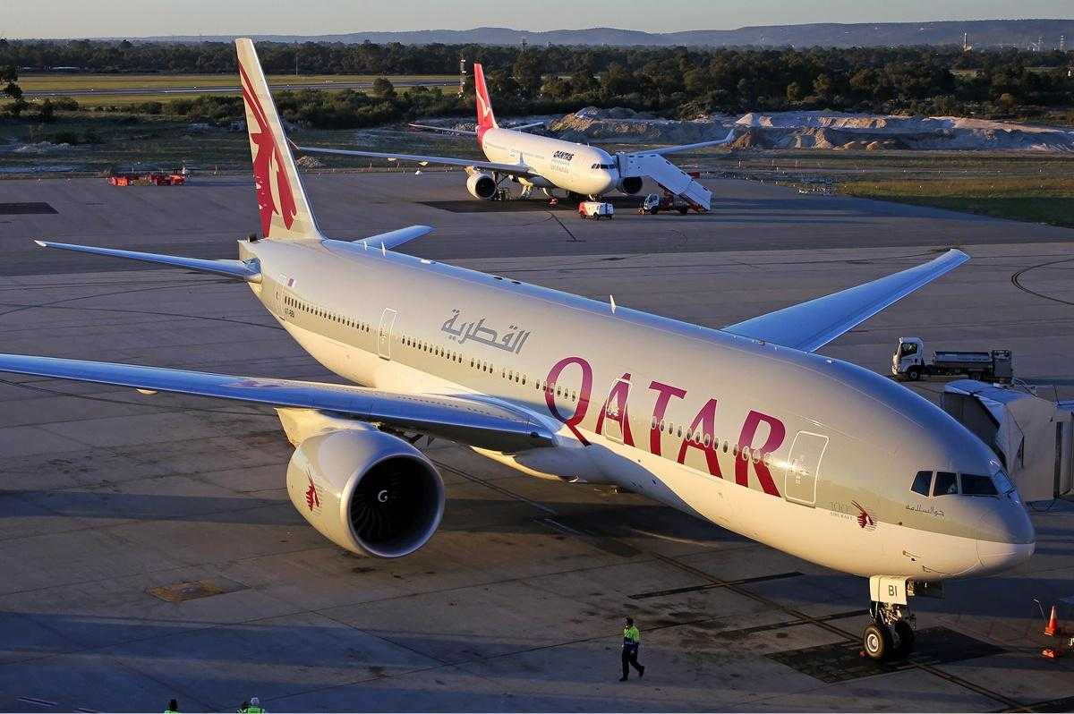 Qatar_Airways_Boeing_777-200LR