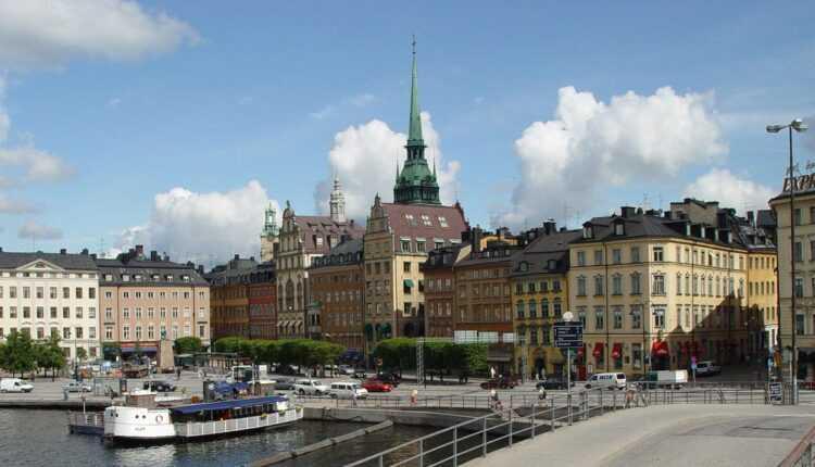 [Oferta TAROM] Bucureşti – Stockholm de la 123 EURO la Economy / de la 475 EURO la Business