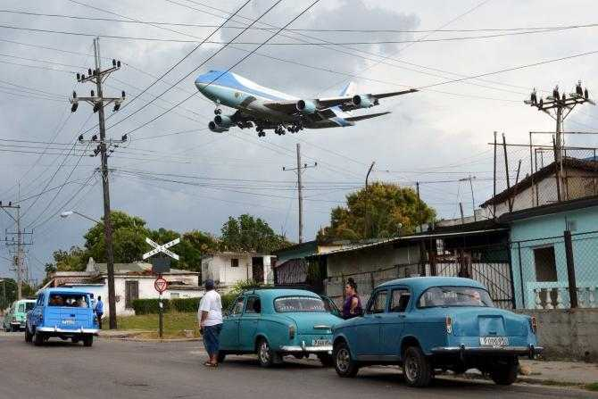 Air Force One in Cuba