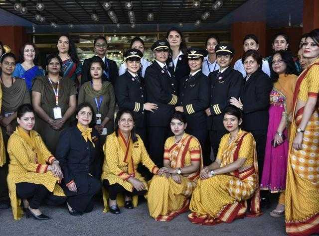 air-india_echipaj-feminin