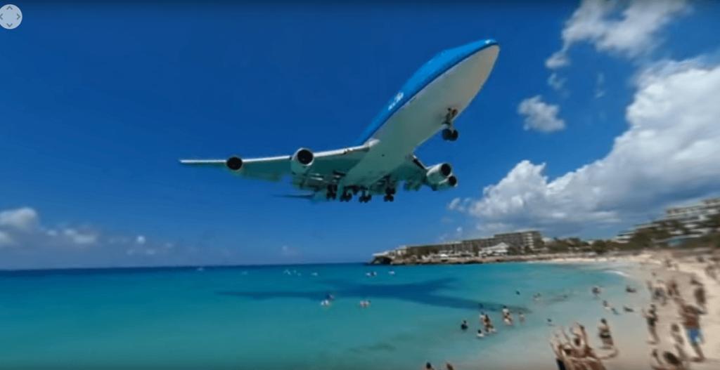 Boeing 747-клй-SXM-посадочный