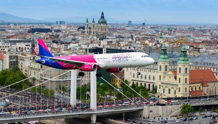 Wizz Air, membru IATA și certificare IOSA