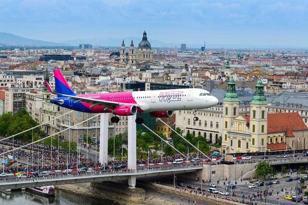 Airbus-A321-Wizz-Air-Air-Show-2016-Budapesta