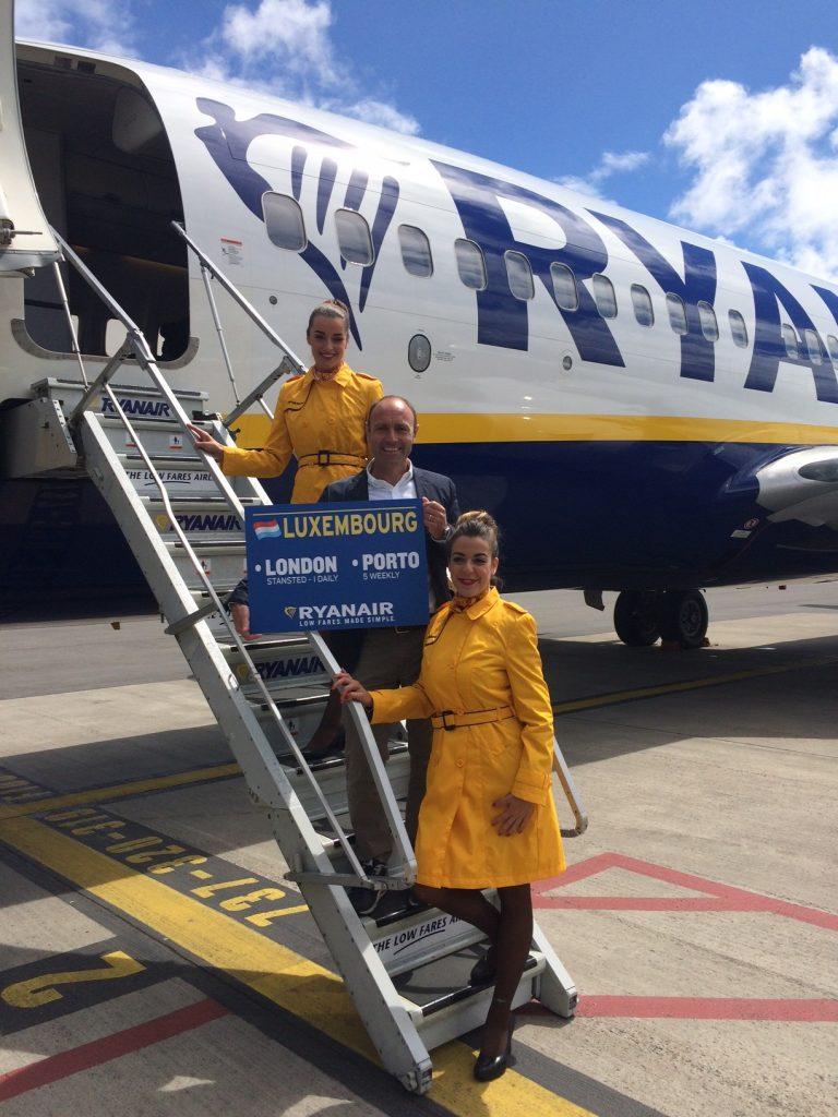 Ryanair, Lüksemburg-Porto-Londra