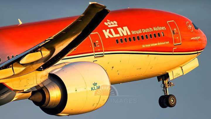 Boeing 777 KLM Orangepride