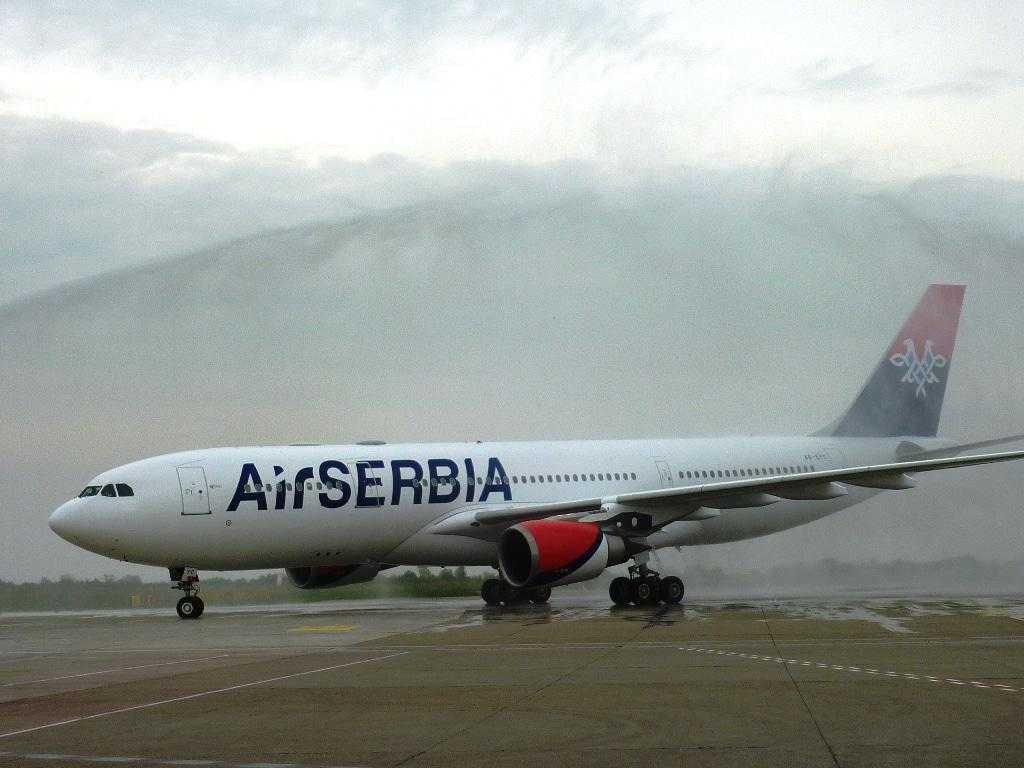 Airbus-A330-200-Air-Serbia-YU-ARA