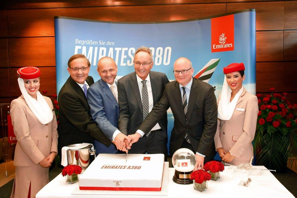 Airbus-A380-Emirates-Viena-2