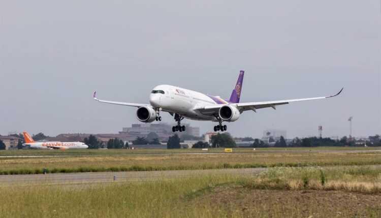 Primul Airbus A350 XWB Thai Airways la primul zbor