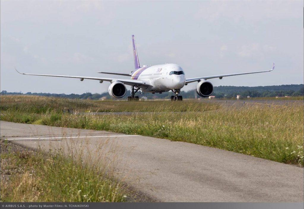 A350-XWB-THAI-primul-zbor