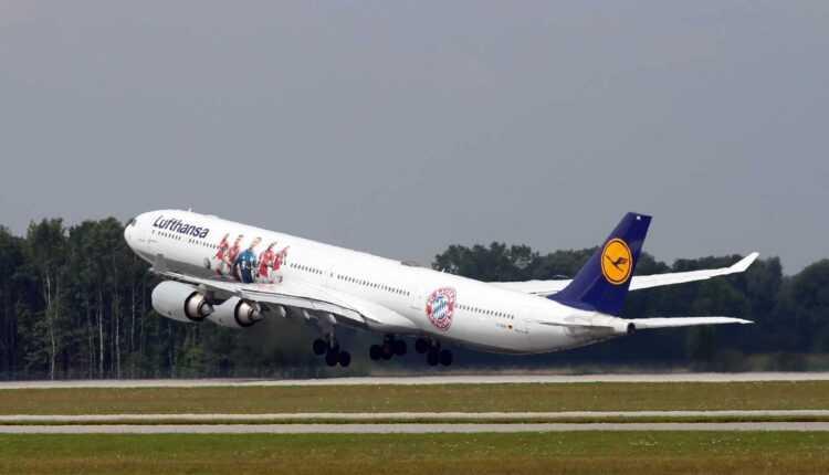 Airbus A340-600 Lufthansa FC Bayern Munich