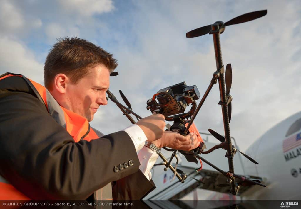 Aircam_filming_with_Airbus_drone_-_FIA_2016-116