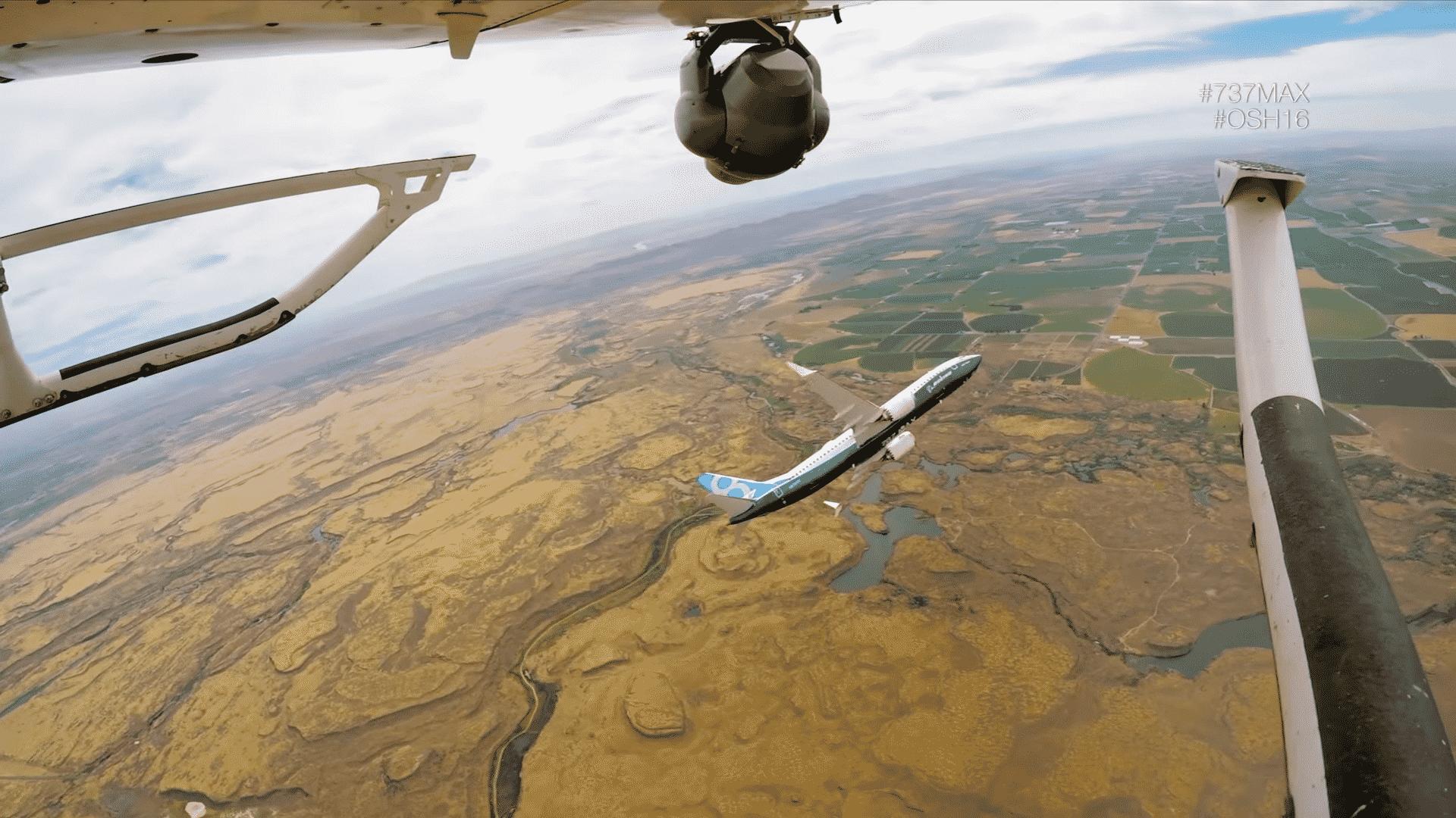 Boeing-737-MAX-OSH16