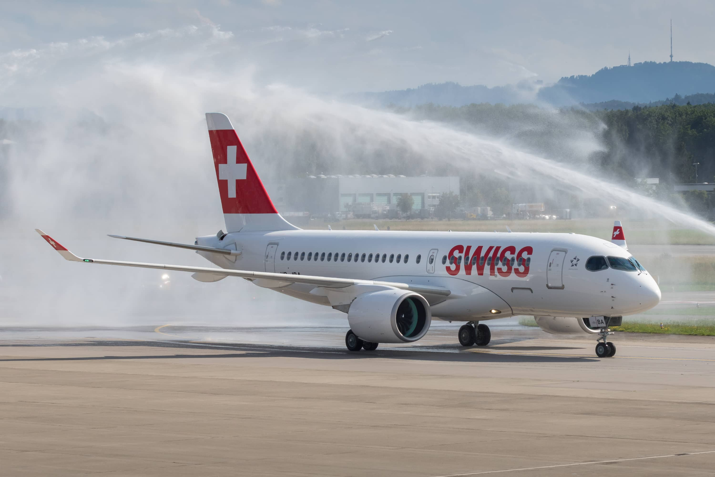 Bombardier-CS100-SWISS