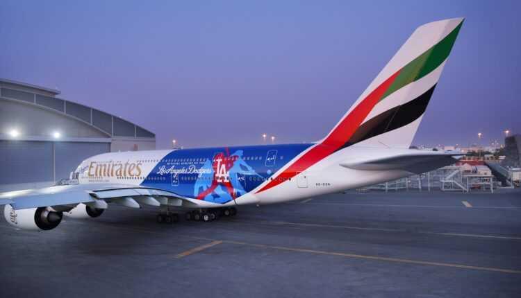 (Video) Airbus A380 Emirates în culorile Los Angeles Dodgers