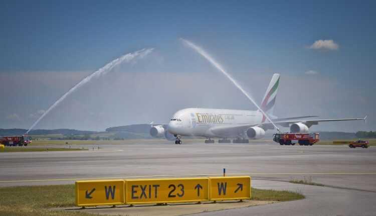 (Video) Airbus A380 Emirates la Viena, a 41-a destinație
