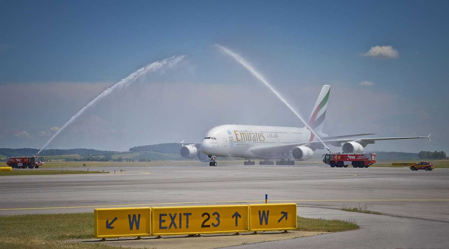 Hello-Vienna-for-Emirates_-A380-flagship