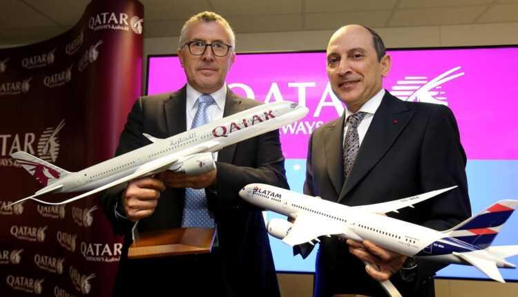 Qatar Airways preia 10% din LATAM Airlines Group