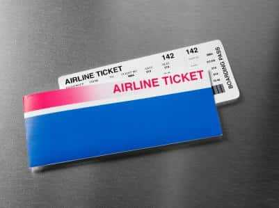 Biletele de avion, cele mai căutate în online