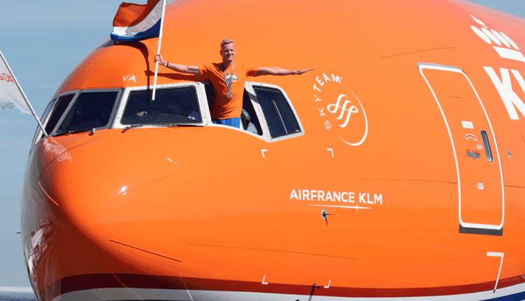Olimpicii olandezi, la bordul aeronavei Boeing 777-300ER KLM #OrangePride