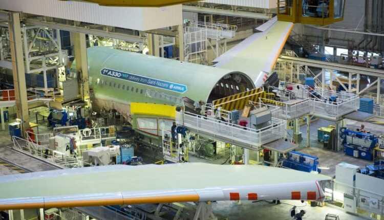 Primul Airbus A330neo prinde contur la Toulouse